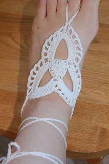 The Hooker-a-holic Crochet: Tri-Loop Barefoot Sandals +FREE CROCHET PATTERN