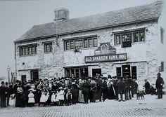 The Old Sparrow Hawk Inn near Burnley, Lancashire. Burnley Lancashire, Old Postcards, Family History, Old Photos, The Past, Old Things, Coast, Bucket, England