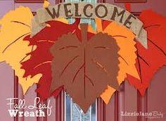 Google Image Result for http://www.iheartnaptime.net/wp-content/uploads/2012/09/Fall-Leaf-Wreath-1.jpg