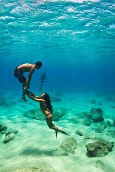 Swim in clear blue water with my boyfriend <3