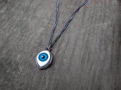 Evil Eye Necklace // Eyeball Necklace // Eye Necklace от qwelqwel
