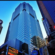 #Morgan_Stanley_Building #1585_Broadway #Times_Square #Office #Building_Buddy @BLDGBUDDY #Architect #Emery_Roth_and_Sons #Gwathmey_Siegel_and_Associates #Built #1989 #Size #1336576_sf #42_Stories #Developer #Hines #Owner #Anchor_Tenant #Morgan_Stanley #archdaily ; This #Gotham #Skyscraper is one of the ugliest of the great #Charles_Gwathmey