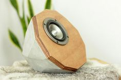concrete speakers - Google zoeken