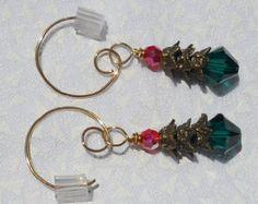 Christmas Tree Earrings Holiday Beaded di emilymbongoriginals