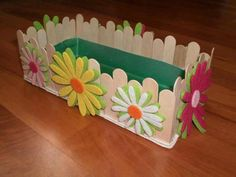 Clothes Pin Crafts For Kids Mothers New Ideas Kids Crafts, Diy Home Crafts, Easter Crafts, Craft Projects, Arts And Crafts, Diy Popsicle Stick Crafts, Popsicle Sticks, Diy Para A Casa, Deco Floral