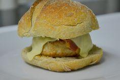 Palavras que enchem a barriga: Hambúrgueres de frango e um grande dilema!
