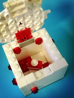 Let's build a Gift Box / Present with LEGO® 4628 Fun with Bricks ...