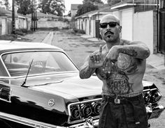 13 Things You Should Know About Cholo Culture Chicano Rap, Chicano Love, Chicano Drawings, Cholo Tattoo, Chicano Tattoos, Estilo Cholo, Arte Lowrider, Arte Latina, Santa Monica