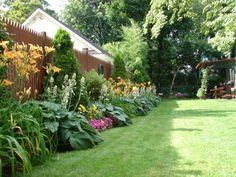Beautiful flower beds! Erin's garden - Bloomfield, NJ