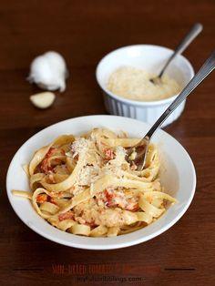 Sun-Dried Tomato & Basil Pasta- joyfulscribblings.com