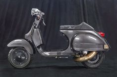 The crew at Scooter & Service in Hamburg specializes in repairing & restoring all types of Vespas, but they really shine at tuning and creating Scooters Vespa, Vespa Ape, Piaggio Vespa, Lambretta Scooter, Motor Scooters, Scooter Garage, Mod Scooter, Scooter Girl, Scooter Shop