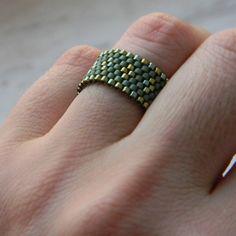 Green ring Beaded ring Seed bead ring Elegant by HappyBeadwork