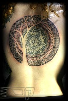 geometrical tattoo. The use of negative space gives me ideas. I cannot get over how gorgeous this is..