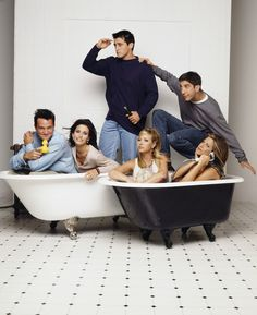 12 AWESOME HD WALLPAPERS EVERY DIE HARD ''FRIENDS'' FAN MUST HAVE - FUN vs FUN