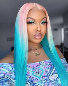 Hot girl summer is in full effect 💦🍭 Retro Hairstyles, Wig Hairstyles, Straight Hairstyles, Hair Type Chart, Blue Hair Black Girl, Brazilian Lace Front Wigs, Brazilian Hair, Shaved Hair Women, Colored Wigs