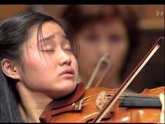 Shoji Sayaka Plays Tchaikovsky 3/4 : Violin Concerto