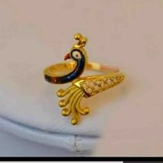 Silver Anklets Designs, Gold Ring Designs, Gold Earrings Designs, Gold Bridal Jewellery Sets, Gold Rings Jewelry, Gold Jewellery Design, Gold Finger Rings, Peacock Jewelry, Gold Chain Design