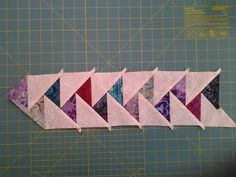 So pretty! Quilting Tips, Quilting Tutorials, Quilting Projects, Quilting Designs, Quilt Binding, Quilt Stitching, Scrappy Quilts, Mini Quilts, Quilt Block Patterns