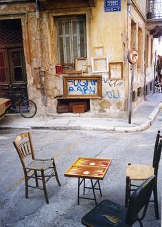 Monastiraki, the old town of Athens, Greece   <3