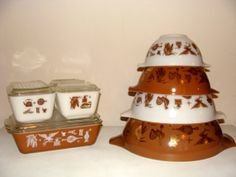 8 Piece Pyrex Collection Early American Complete Refrigerator Set with 4 Piece Mixing Bowl Americana Federal Eagle
