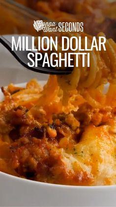 Italian Pasta Recipes, Spaghetti Recipes, Italian Dishes, Beef Recipes, Chicken Recipes, Cooking Recipes, Cheesy Recipes, Perfect Pasta Recipe, Christmas Drinks Alcohol