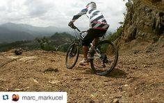 #Repost @marc_markucel.  asik nih kayanya :D  Pendekar turun gunung #mtb #downhillrider #freeride #downhillindonesia #mountainbiking #instagram #instacool #pacificbikes #mountainbike #downhill #gowes #cycling #tobasamosir #bike #visitindonesia #bikes #followme #like4like #instalike #mtblife #pacificbikes #pacificbikerider #sepeda #sepedagunung #bersepeda #gowes #hardtail #mountainbike #mtbindonesia #crosscountry