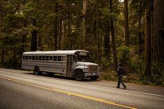 Cet étudiant avait envie dun projet original alors il a acheté un bus Voici ce quil en a fait
