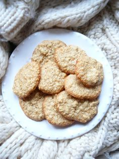 Delicious blog: Vánoční cukroví: Mandlové sušenky Cookies, Blog, Crack Crackers, Cookie Recipes, Biscotti, Fortune Cookie, Cakes