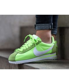 size 40 80d90 723b9 Femme Nike Cortez Nylo Vert Blanc