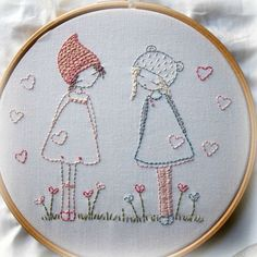 These two little friends are very simple to stitch for beginner embroiderers.  The pattern was designed for a kit based on my three girls pattern, but after quite a few requests I decided to add it as a downloadable pattern  Included Notes on how to stitch the pattern Thread guide Notes on how to frame the finished work in a hoop Pattern Reversed pattern  *PATTERN INSTRUCTIONS ARE IN ENGLISH*  The finished size of the stitching is just over 6 by about 5 1/4. It fits nicely into a 7 hoop. I…