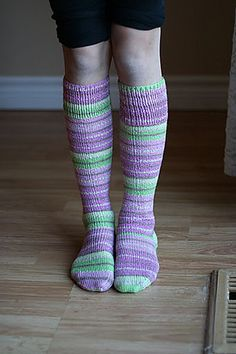 Cute knee-high socks that actually stay up when knit with Patons Stretch Socks. (Patons Yarns)