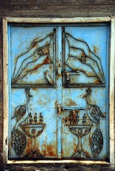 Door in Yemen, via Can OZGUN : Photography