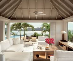 St. Barth, sliding doors
