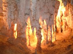 karen's #Hooroo #SecretSpot is #JenolanCaves in #NSW. The lighting effect is amazing