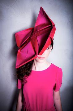 Chapéu Origami by Bárbara Heliodora
