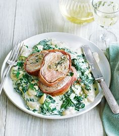 Stuffed-pork-fillet-with-creamed-butter-beans