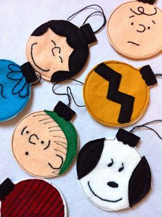 Charlie Brown Christmas Ornaments Tutorial @Kristen Holland we should have a Craft Night and make these :o)