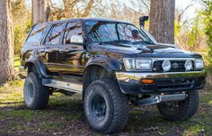 Surf Toyota Surf, Toyota 4x4, Toyota Trucks, Toyota 4runner, Lifted Trucks, Off Road Truck Accessories, 3rd Gen 4runner, Off Road Camping, Japanese Sports Cars