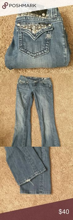 "Miss Me Boot Cut Bling Jeans! Miss Me Boot Cut Bling Jeans! Size 26, inseam 31"". EUC. Miss Me Jeans Boot Cut"