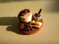 Miniature cake preparation board by Itsybitsyisy