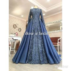 İndigo mavi You will find different rumors about the history of the marriage dress; Hijab Wedding, Bridal Hijab, Bridal Dresses, Wedding Gowns, Prom Dresses, Formal Dresses, Hijab Style Dress, I Dress, Party Dress