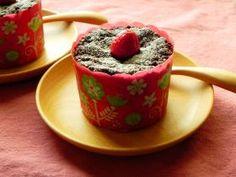 「【バレンタイン】木苺のフォンダンショコラ」nobuchi | お菓子・パンのレシピや作り方【corecle*コレクル】