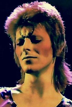 David bowie . Gorgeous .