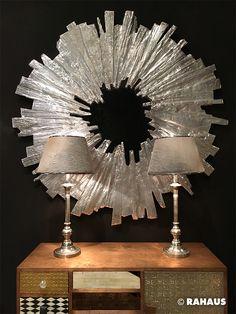 Silver Star #Spiegel #Silber #Metall #metal #Fell #Tischleuchte #silver #gold #Muster #Sonne #Holz #wood #sun #interior #design #Hochkommode