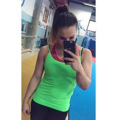 #ErikaFasana Erika Fasana: colorini sobri oggi