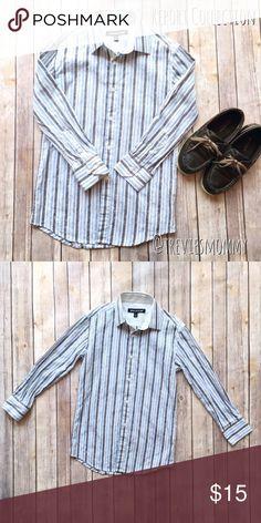 💥MAKE OFFER SALE💥Boys size 8 dress shirt Boys size 8 button down dress shirt. Excellent condition Report Collection Shirts & Tops Button Down Shirts