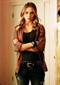 I only watch Faking It for Amy. Love her! And can't wait for her new love interest.