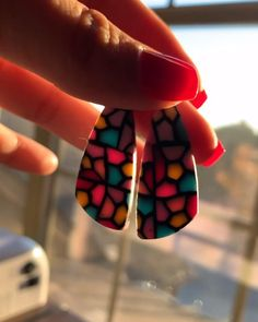Diy Earrings Polymer Clay, Polymer Clay Crafts, Handmade Polymer Clay, Handmade Wire Jewelry, Earrings Handmade, Diy Resin Crafts, Cute Clay, Clay Design, Clay Creations