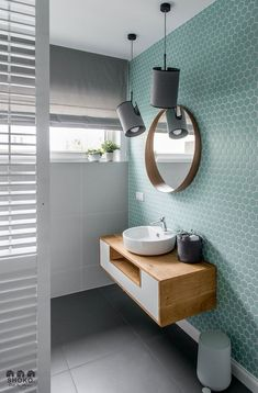 Tendencias losas y azulejos en baños y cocinas, cambian de forma y color - Decoración, DIY e ideas para decorar con vinilos Bad Inspiration, Bathroom Inspiration, Bathroom Inspo, Cool Bathroom Ideas, Bathroom Colours, Boho Bathroom, Interior Inspiration, Interior Color Schemes, Feature Tiles