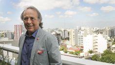 Joan Manuel Serrat inicia hoy su gira por Argentina hasta abril. Noticia de diariopopular. 06.03.15